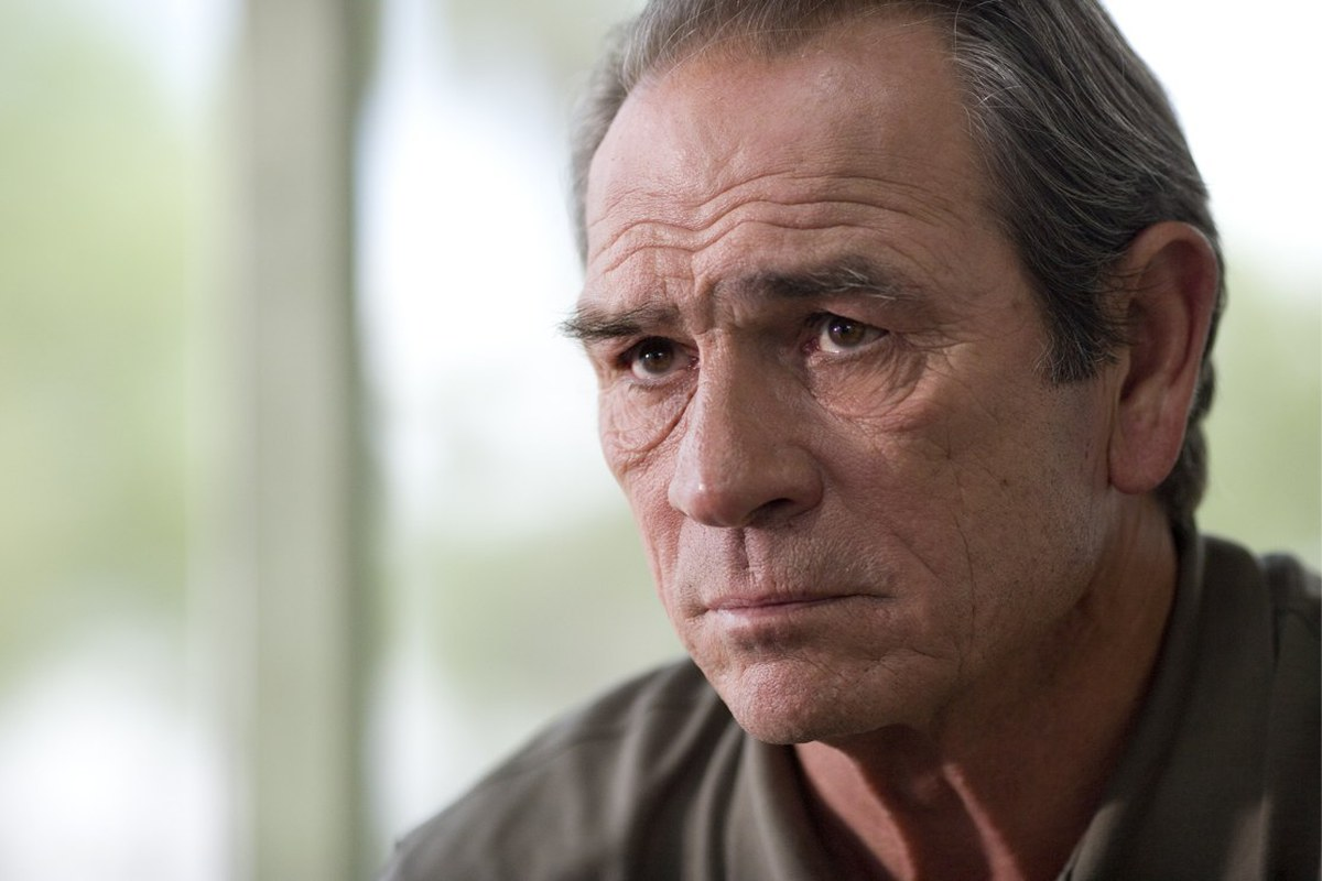 Tommy Lee Jones se una a la secuela Bourne