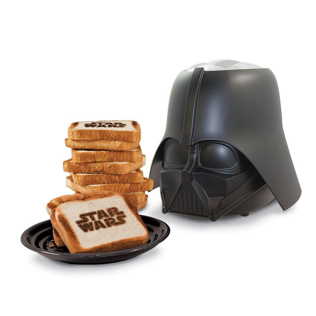 """Los productos de """"Star Wars"""" incluyen objetos tan diversos como una tostadora."""