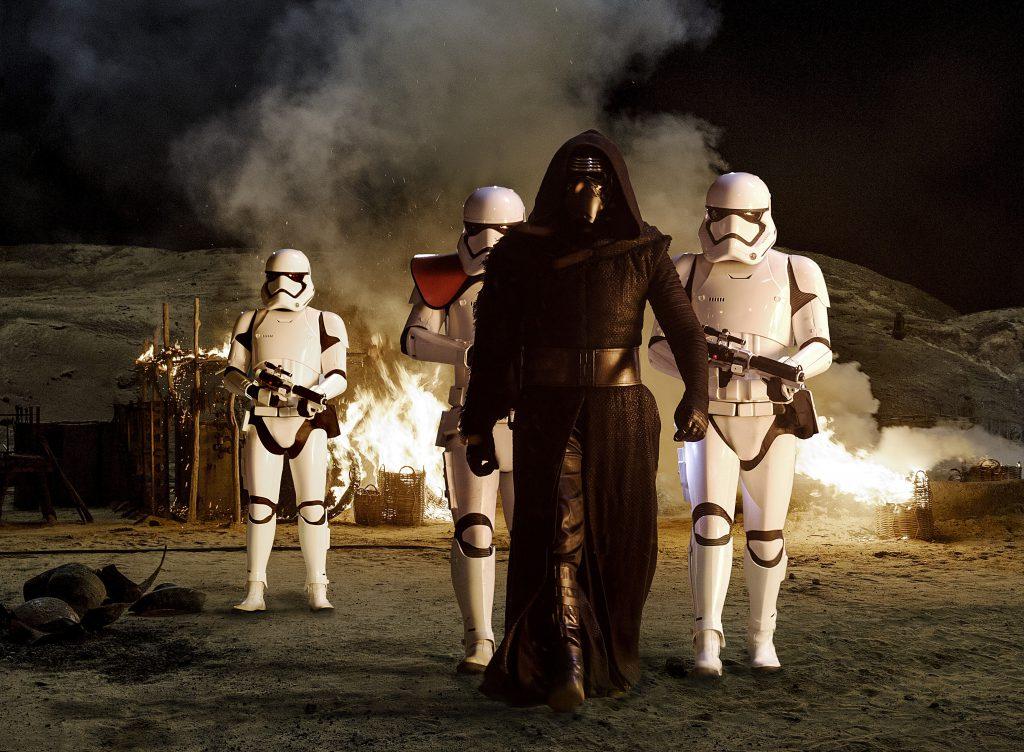 """Star Wars. El despertar de la fuerza"" se llevó el 80% de la taquilla del jueves"
