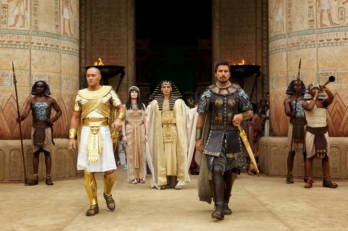 "Christian Bale como Moises en ""Ëxodo"", una épica ambientada en Egipto."