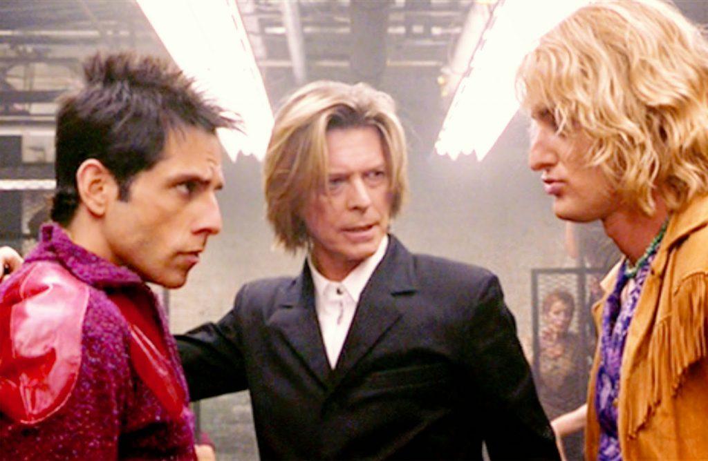 """David Bowie ofició como jurado de pasarela entre Hansel y Derek en """"Zoolander""""."""