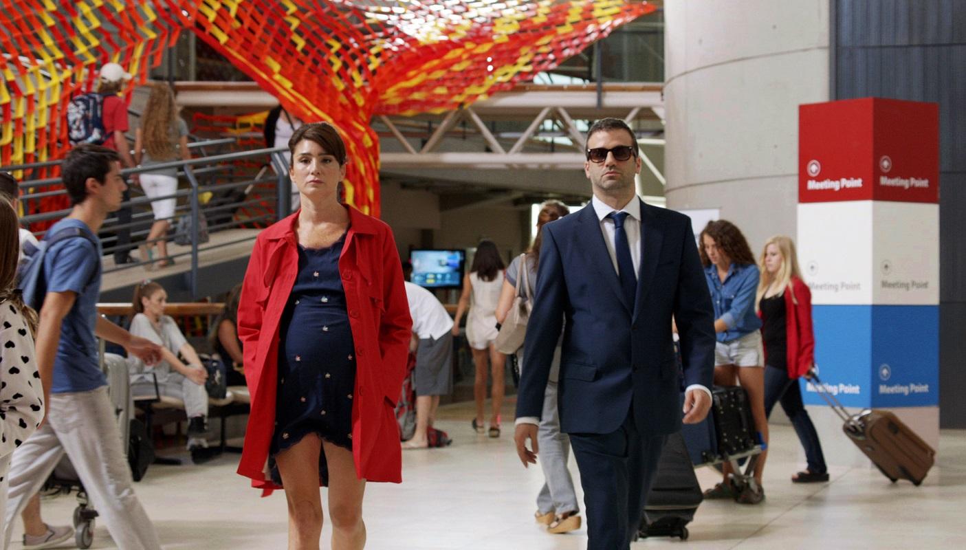 """En """"Vino para robar"""", Daniel Hendler y Valeria Bertucelli son dos profesionales del robo de alto nivel."""