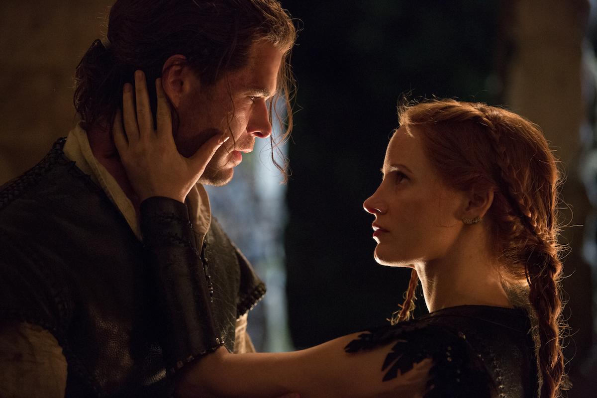 """""""El cazador y la reina del hielo"""" fue el estreno más convocante en su primer semana en salas."""