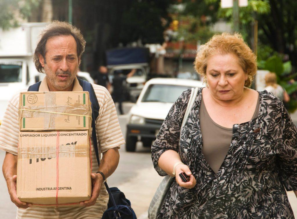 """Guillermo Francella y Rita Cortese en """"Los Marziano""""."""